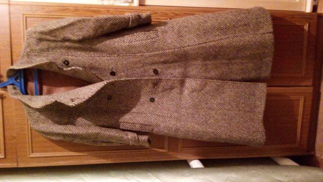Осеннее пальто 46-размера