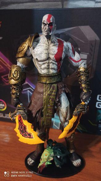 Колекционерска фигурка Kratos God of War Medusa