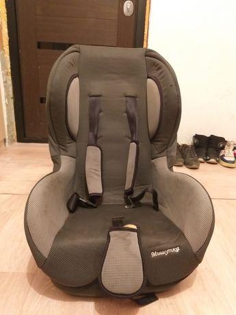 Продам срочно авто кресло детский