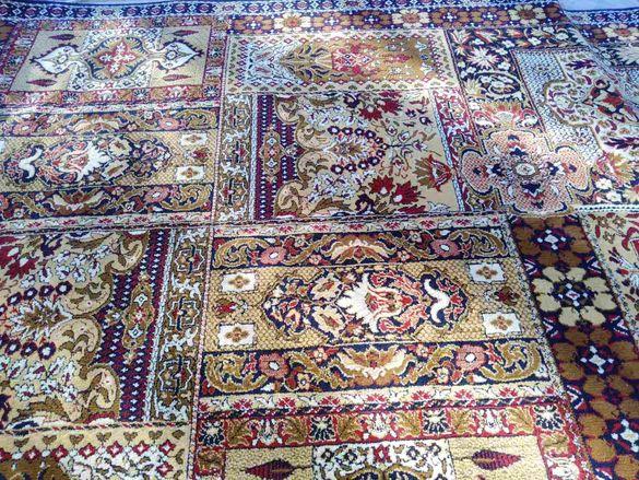 Продавам персийски килим