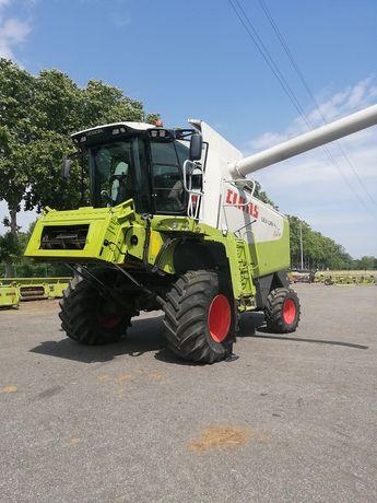 Combina agricola Claas Lexion Montana 530 4x4