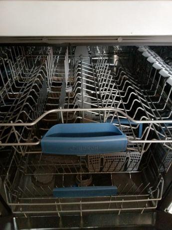 Посудомоечная машина.