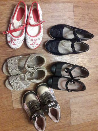 Обувь детская на девочек