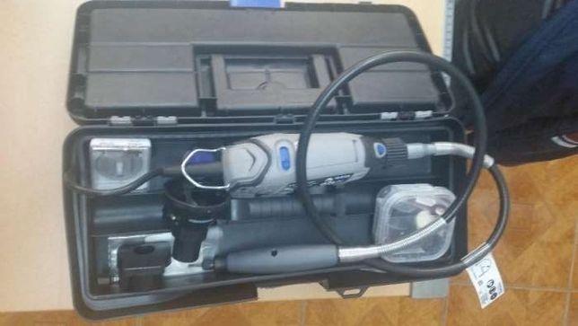 Kit surubelnita electrica Dremel + accesorii
