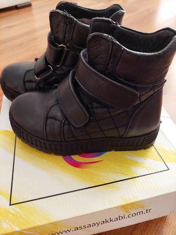 Ботинки зимние на мальчика!