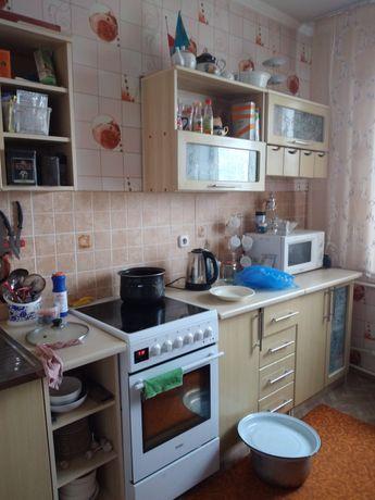 Обменяю квартиру в том же районе на 3 или 4 комнатную