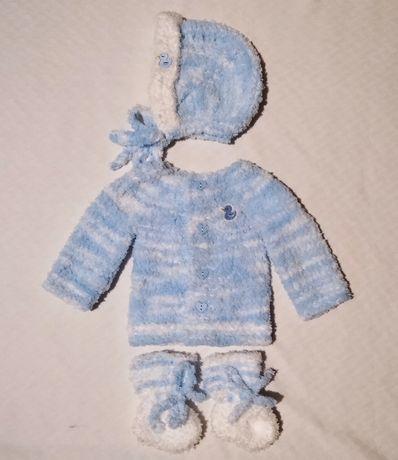 Ръчно плетени бебешки дрешки 0-3м