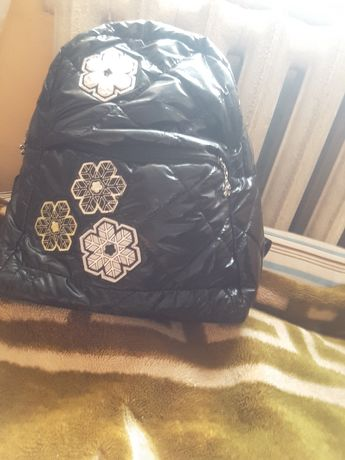 рюкзак  школьная