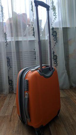 Чемодан, ударопрочный Travelworld EXPANDER