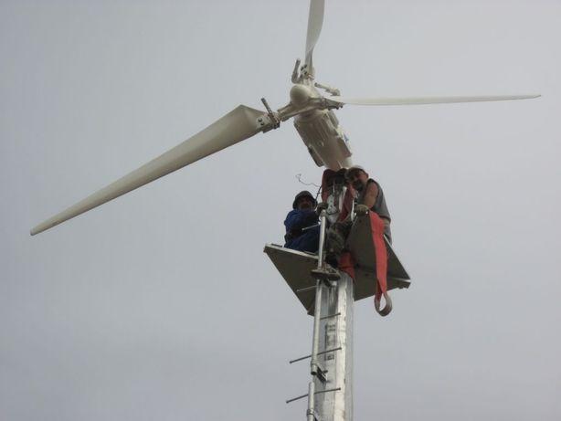 Ветрогенераторы и солнечные панели