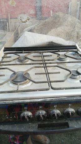 Газовая плита продам