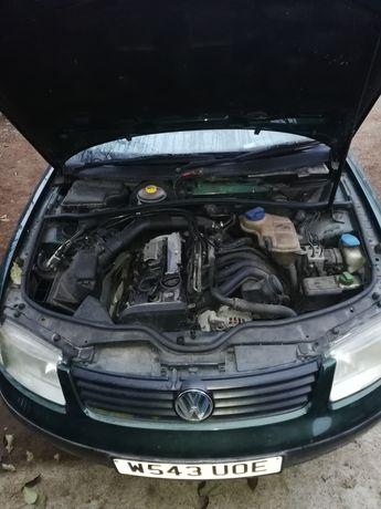 Motor vw passat b5 1.8 20v benzina 125cp cod motor APT