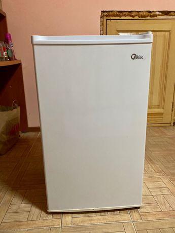 Холодильник Midea в хорошем состоянии