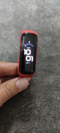 Samsung Galaxy Fit2 смарт часы
