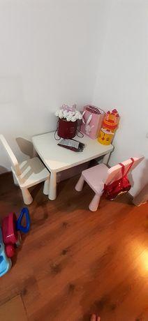 Детский стол со стульями Икеа