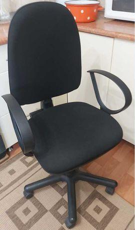 Продам стул  компьютерный