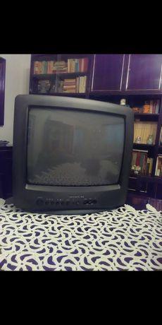 Televizor Daewoo 37 cm.
