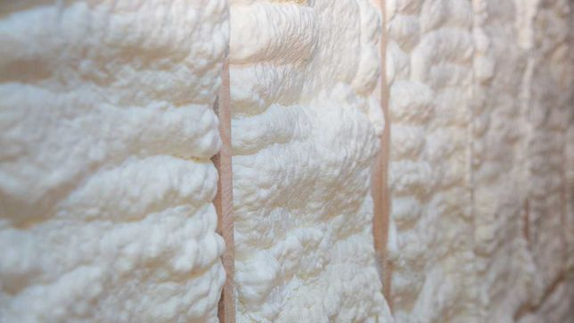 Spuma poliuretanica strat grosime 5/10/15/20 cm LIDER PE PIATA