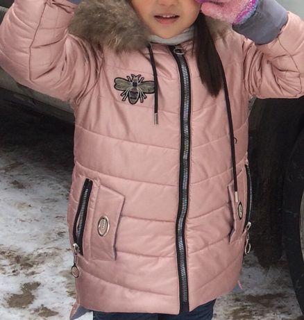 Продам теплую куртку на девочку