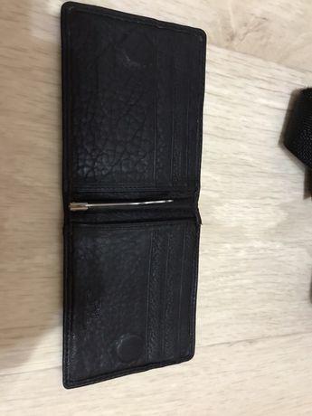 Продам мужскоe портмоне зажим