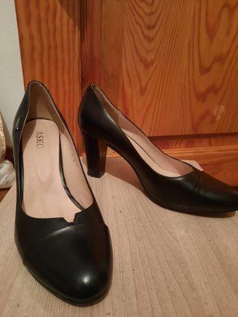 Туфли 38 размер за 10000