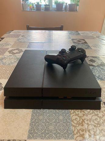 Vand Playstation 4 si playstation 3.