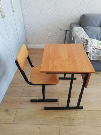 Продам парту со стулом
