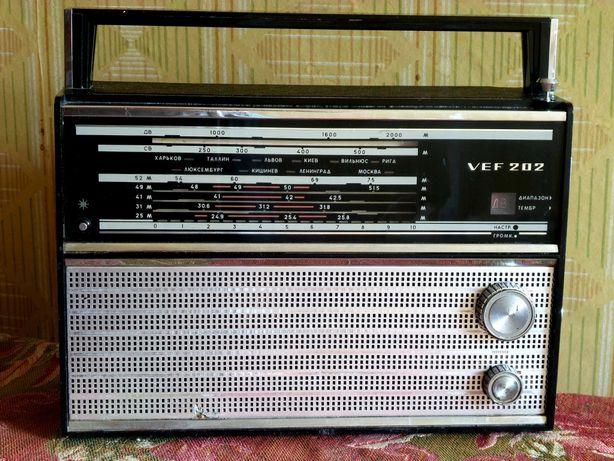 Радиоприемник VEF 202. СССР. Доставка.