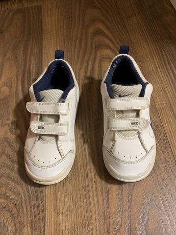 Pantofi sport Nike marimea 27