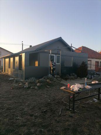 Vand /construim case modulare pe structura metalica