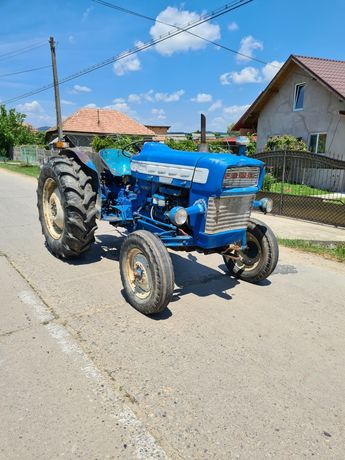Tractor Ford 45cp