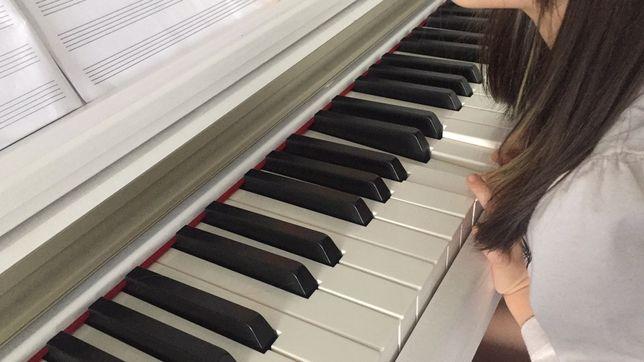 Уроки фортепиано и сольфеджио