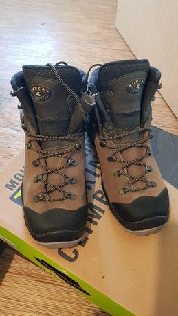 Ботинки Boreal Sherpa 41.5.