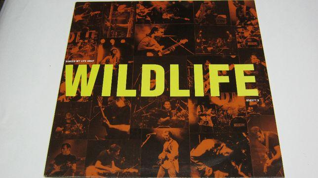 Disc vinil,Maxi.WILD LIFE-Danced my life away.1990.