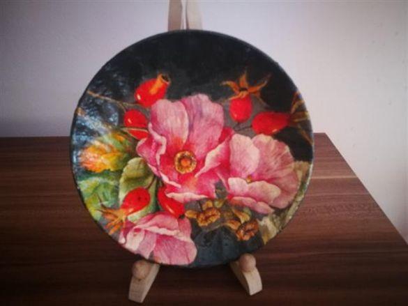 Колекционерски цветни чинии- 3 бр
