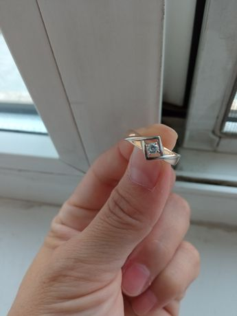 Продам кольцо состояние отличное
