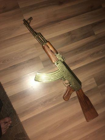 Pusca *Modificata* IEFTINA SI PUTERNICA!!Airsoft 140 m/s pistol arc