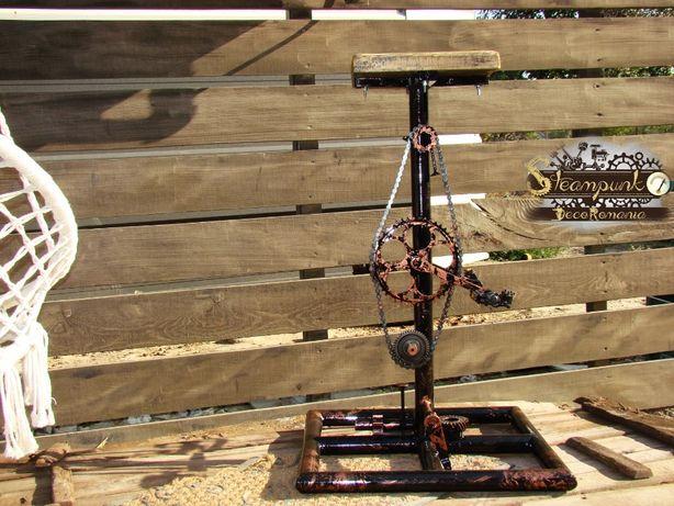 Scaun de bar ciclsti.Stil industrial, steampunk ,hand made.DEOSEBIT!!