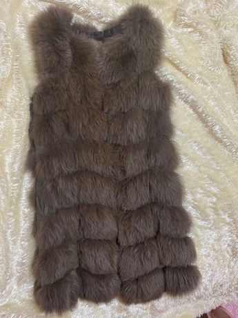 Срочно продам меховая жилетка песец
