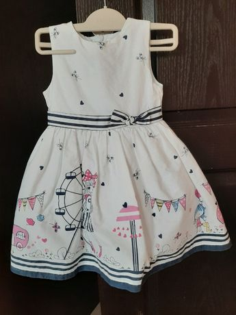 Красива рокля размер 92 см.