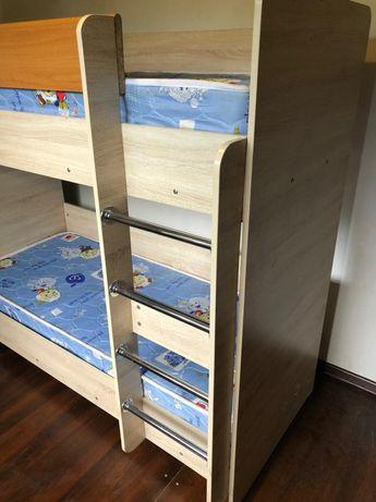 Детская мебель двухъярусная кровать, комод, шкаф шифоньер