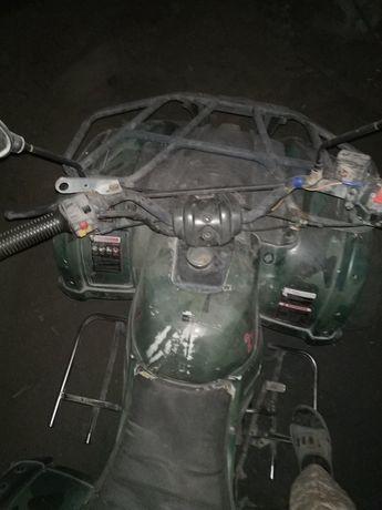 Квадроцикл в неплохом состояние