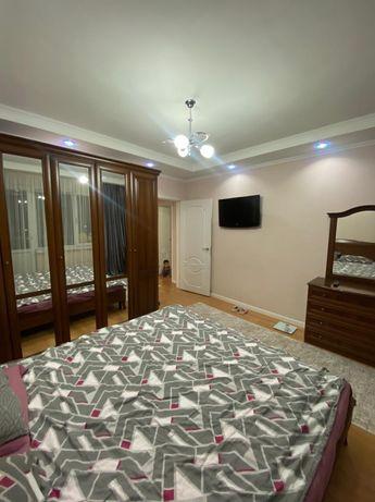 Спальний гарнитур