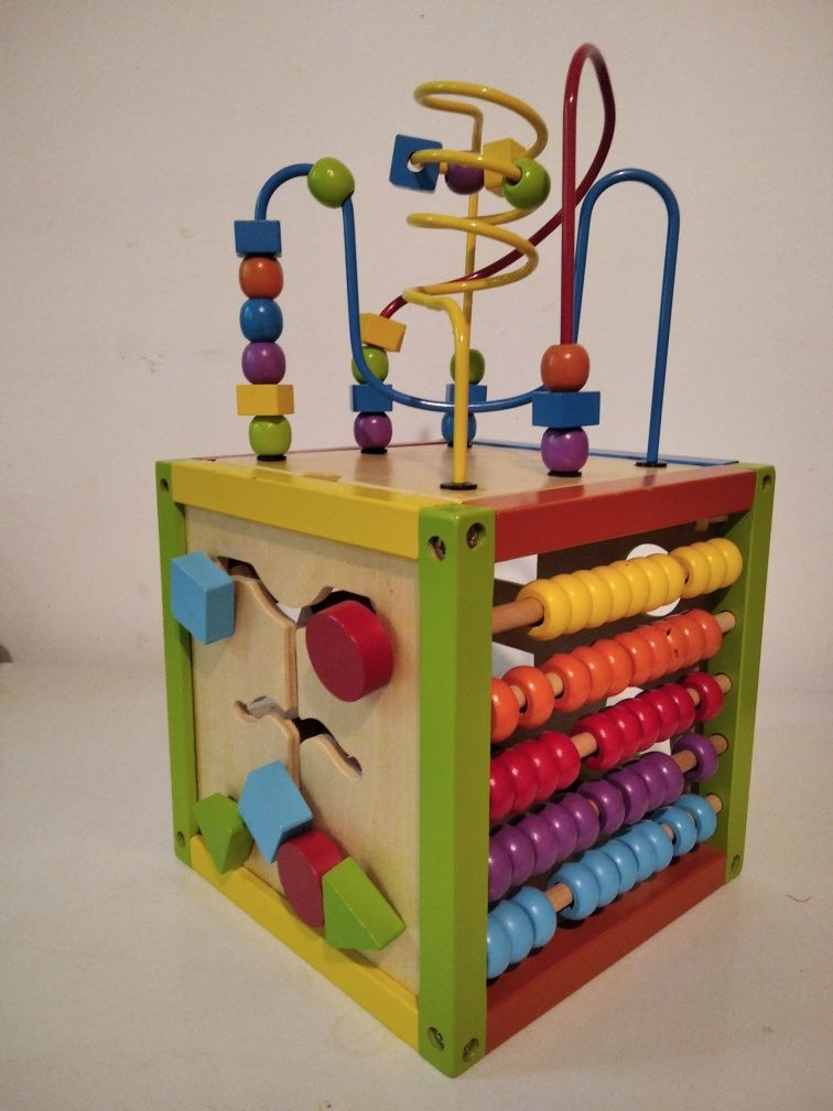 5 in 1 activity cube 18m+