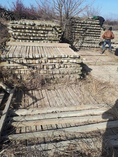 Vand spalieri din beton provin din defrisari