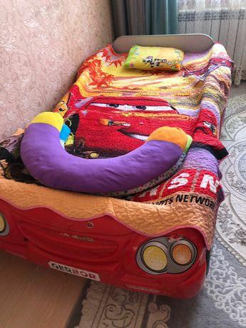 кровать тачки детский