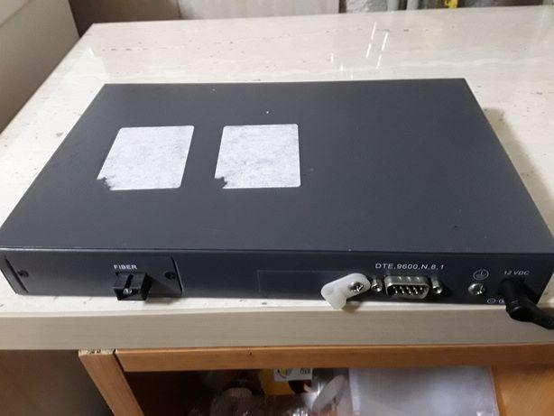 Switch 8 porturi