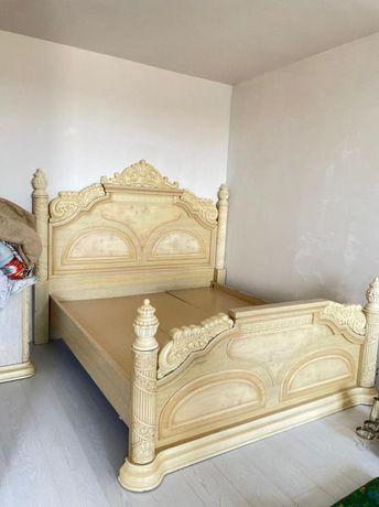 Срочна продам кровать