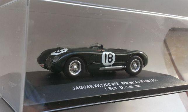 Macheta Jaguar XK120C castigator Le Mans 1953 - IXO 1/43