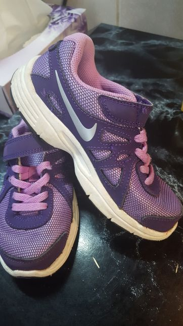 Adidasi Nike mas 28 .au 18 cm int